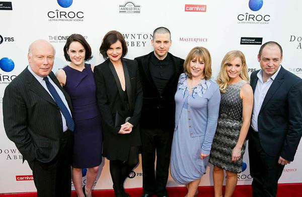 130610-galleryimg-otrc-downton-abbey-event-cast-2